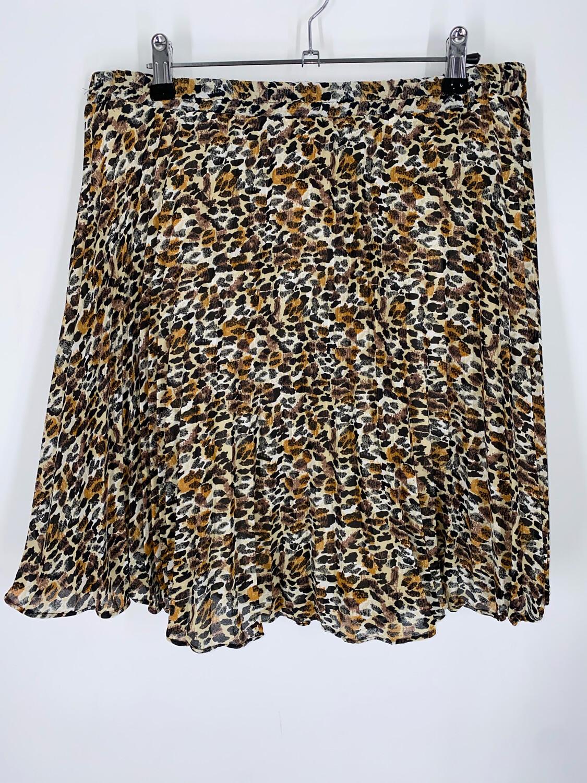 """Metropolitan Cheetah Print Mini 32""""W"""