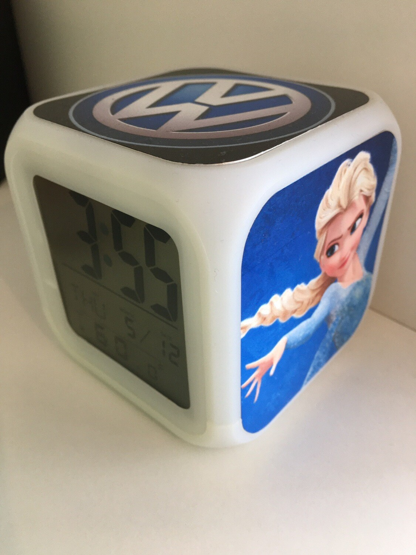 Réveil Digital Cube Lumineux Personnalisé