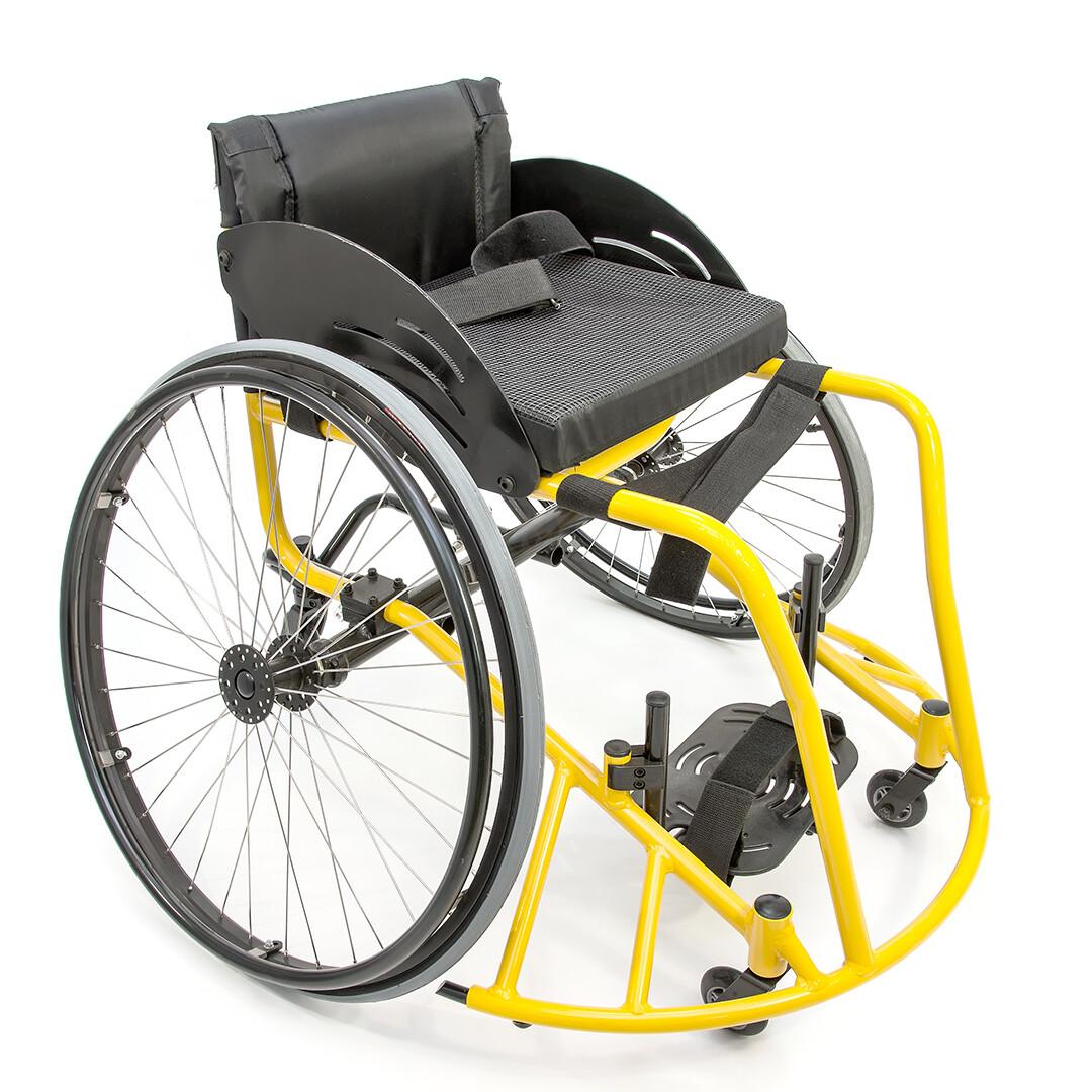"""Кресло-коляска для игры в баскетбол """"Центровой"""" FS777L"""
