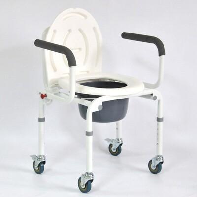 Стул-кресло с санитарным оснащением FS813 (на 4-х колесах)