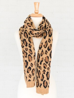 CC Exclusive scarf