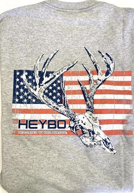 Heybo Deer Skull on Flag