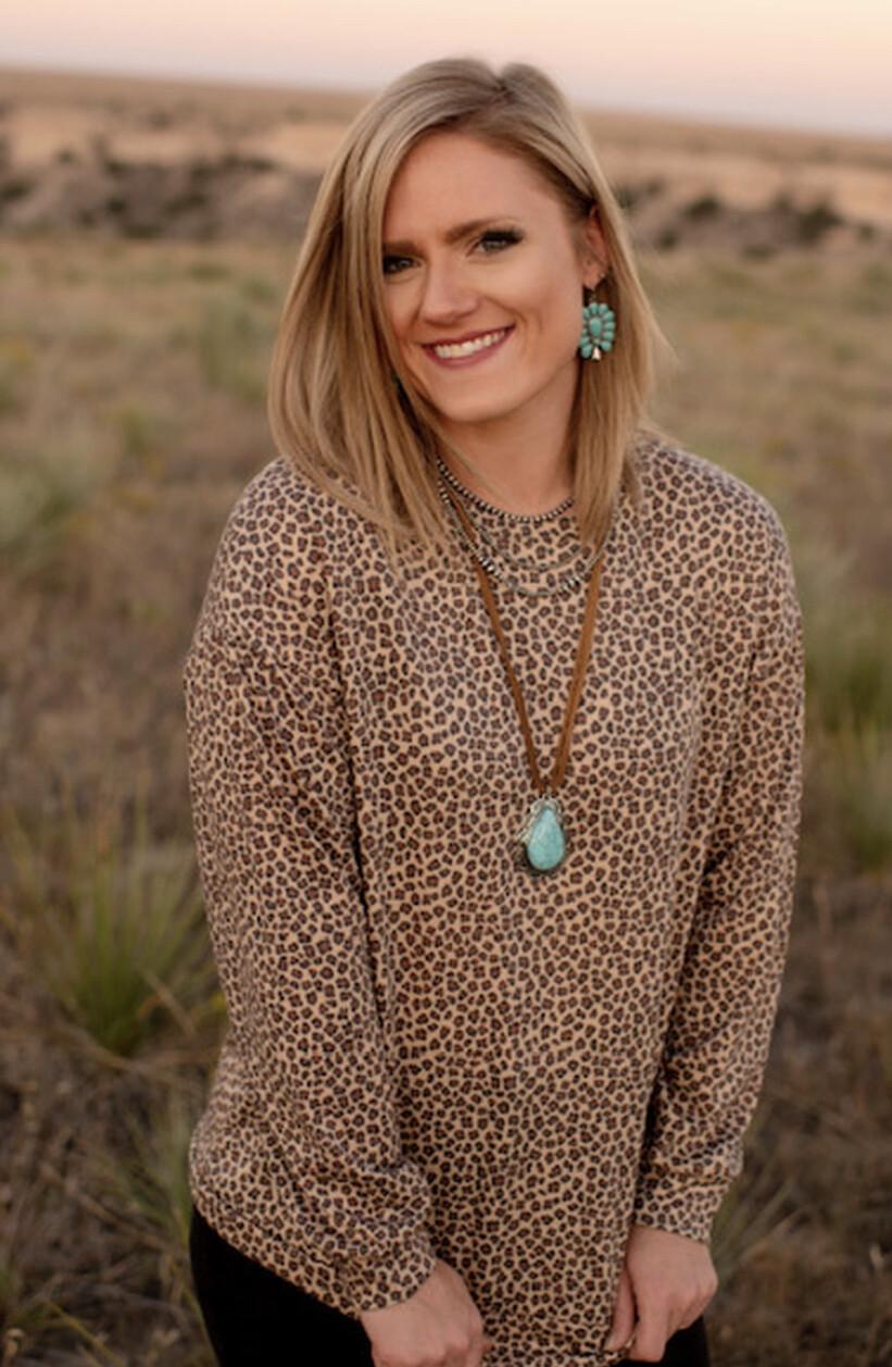 Texas True Threads Long sleeve leopard top