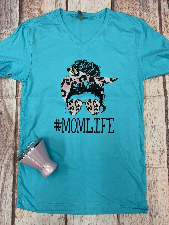#momlife V-Neck Tee
