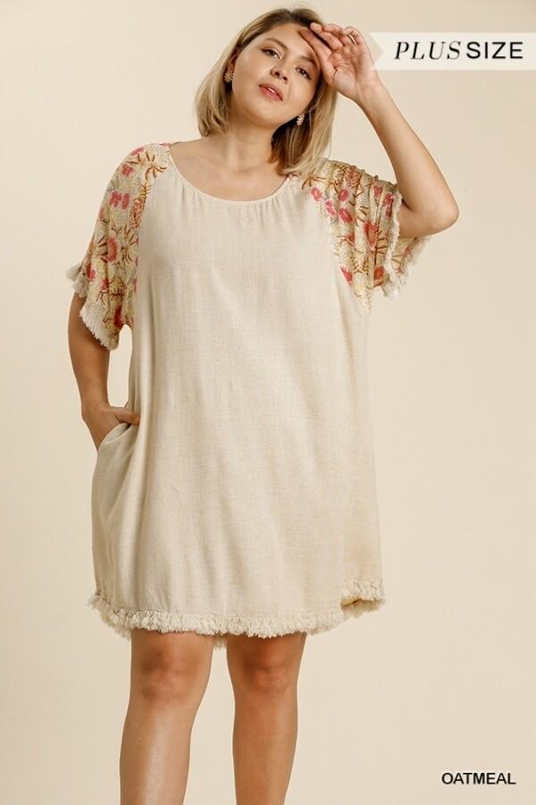 Umgee PLUS Linen Floral Dress w/Pockets & Frayed