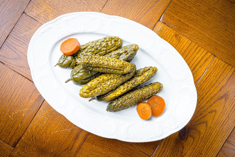 Огурцы, маринованные в бурбоне, 350 гр