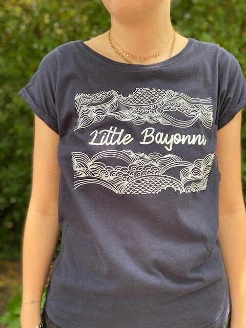 Tee-Shirt FEMME Marine Motif Calligraphie