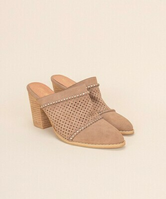 Isabella elevated mule