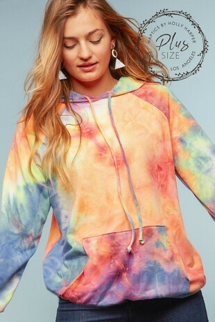 TIE DYE FRENCH TERRY RAGLAN LONG SLEEVE HOODIE