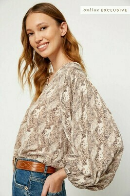 Pleated Sleeve Snake Print Top