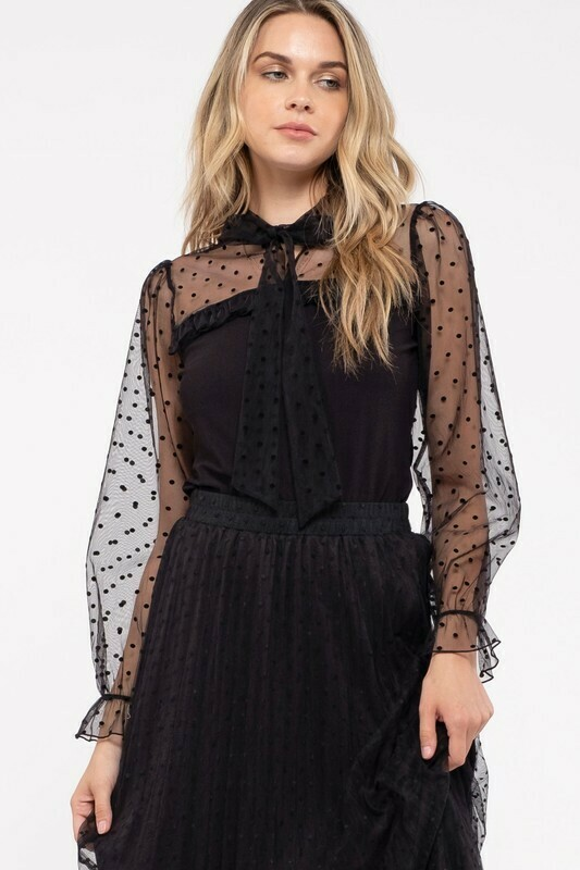 BOW TIE NECK MESH LACE COMBINATION KNIT TOP