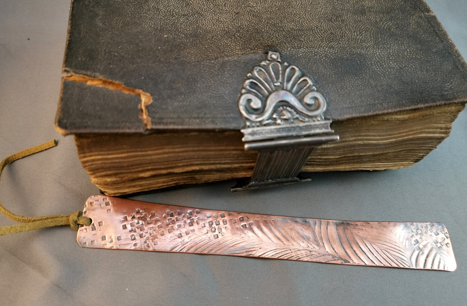 Handmade Leaf Patterned Copper Bookmark