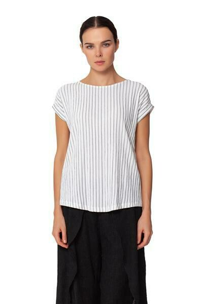 Top Pin Tuck Tee