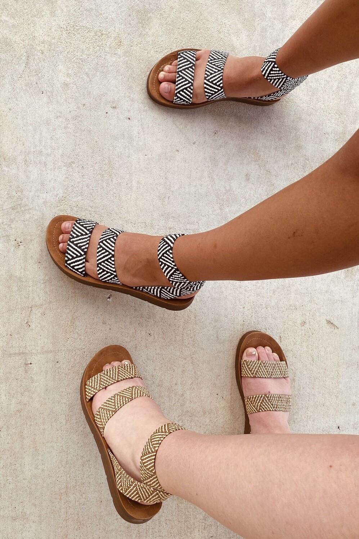 Sandal Ariana