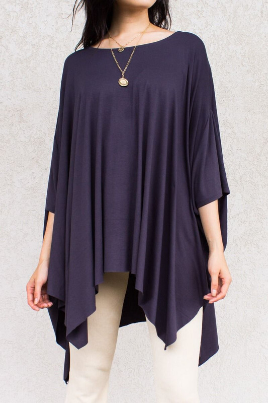 Top Flowy Poncho with Unfinished Hem Cement Dk