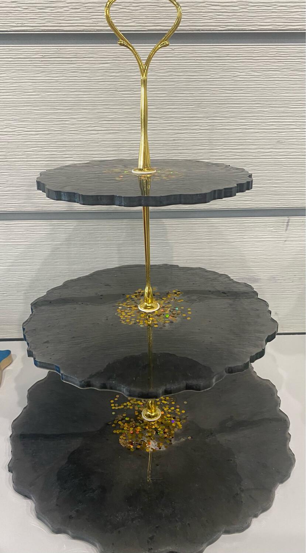 Round Tiered Tray