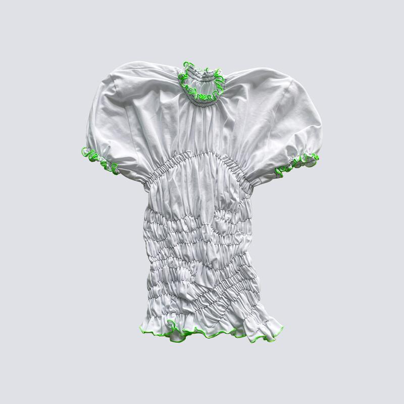 gum t-shirt B