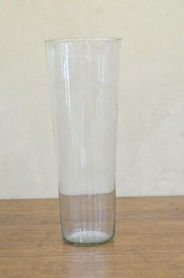 Vase conique en verre