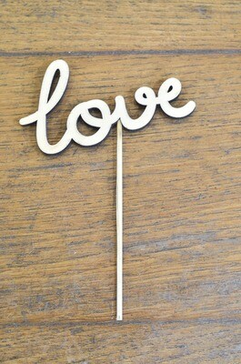 Message LOVE en bois