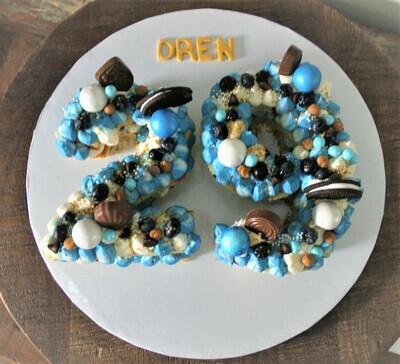 Letter & Number Cake
