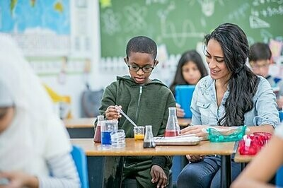How to teach STEM in schools