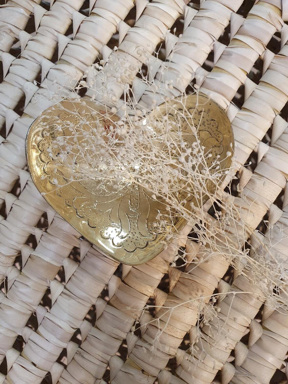 Petit coeur en laiton vide poche