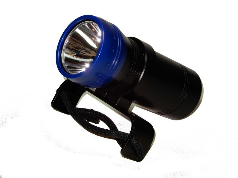 Подводный фонарь моноблок Dive electronics M-1700