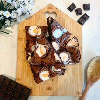 Creme Egg Brownies x2