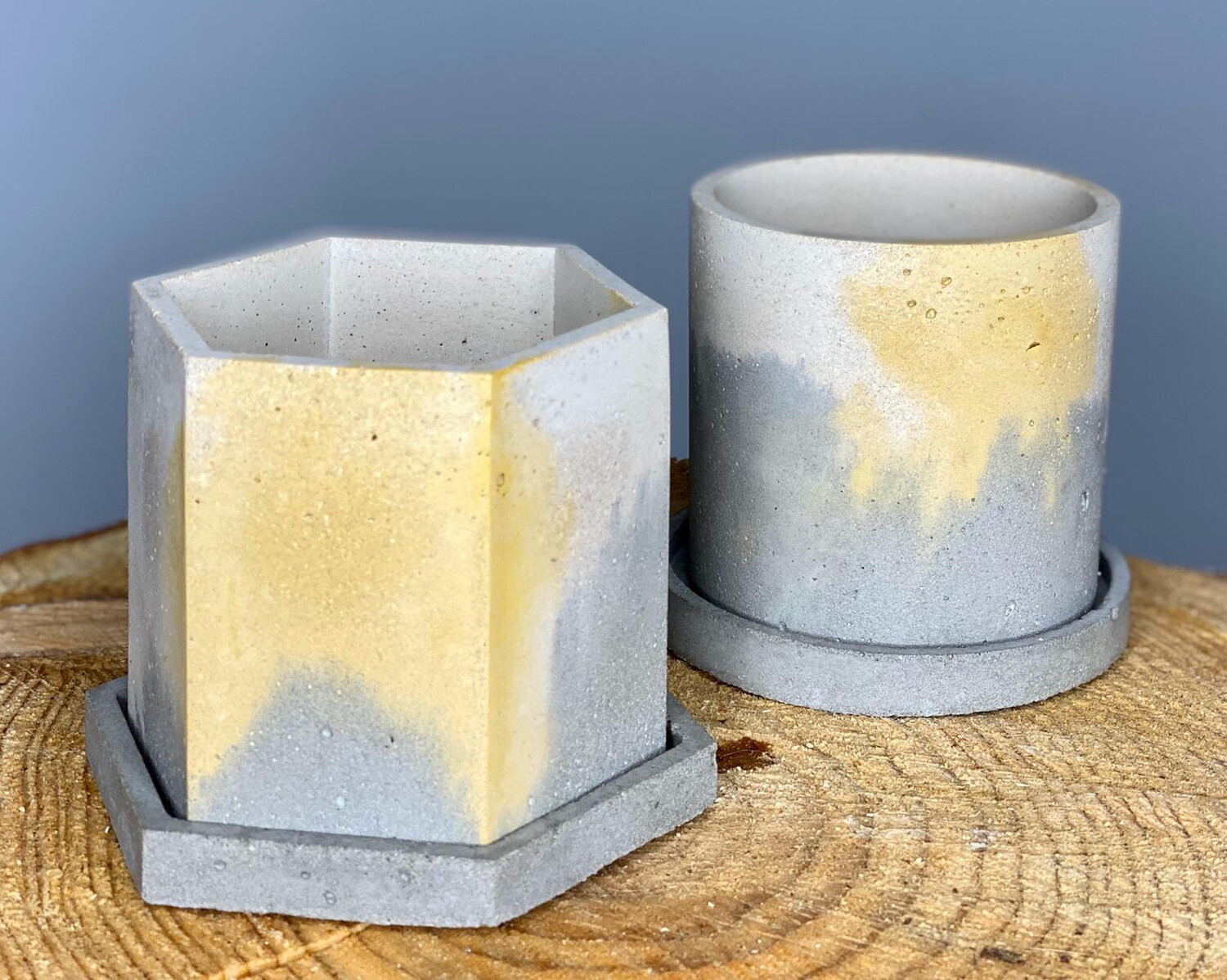 Small Mixed Coloured Concrete Pots