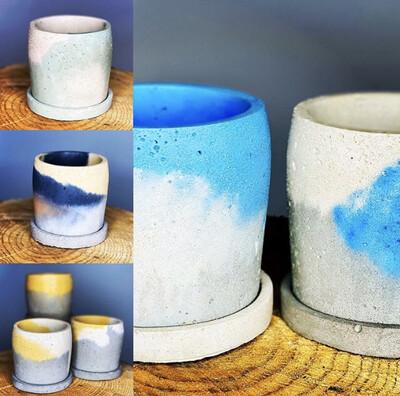 Mixed Colour Pot With Base