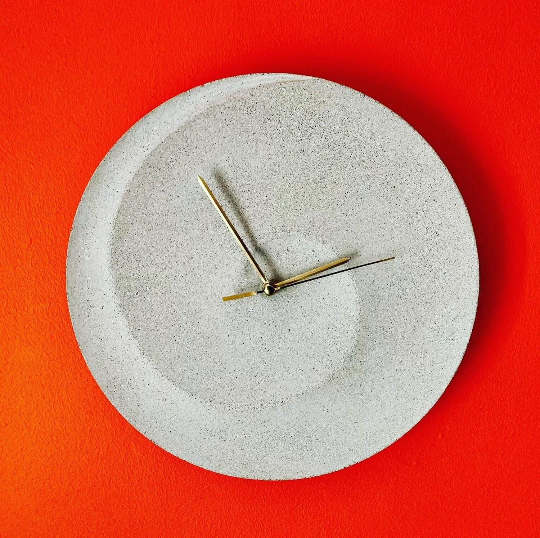 Swirl Concrete Wall Clock