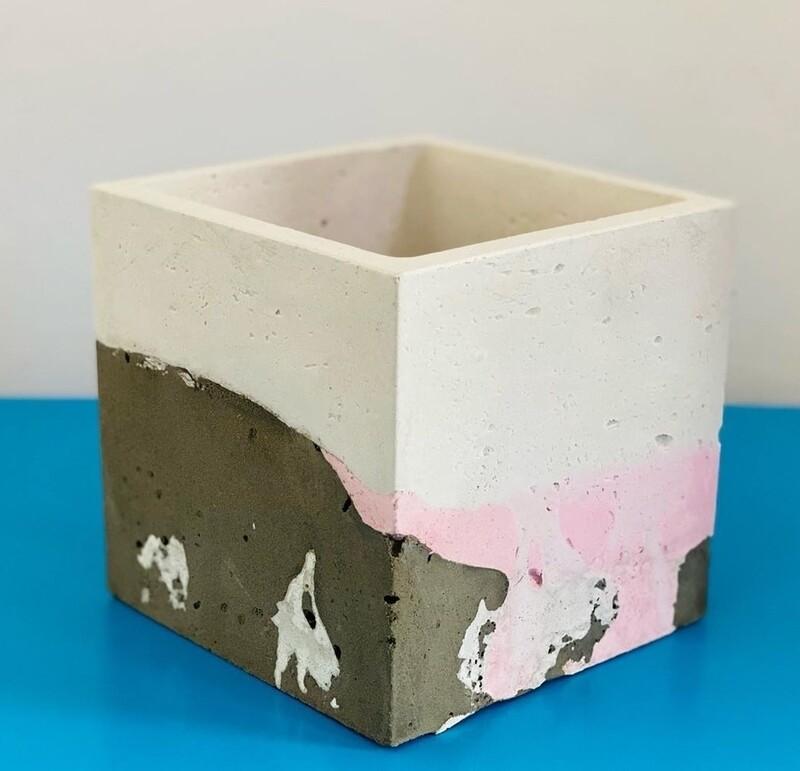 Large Cube planter