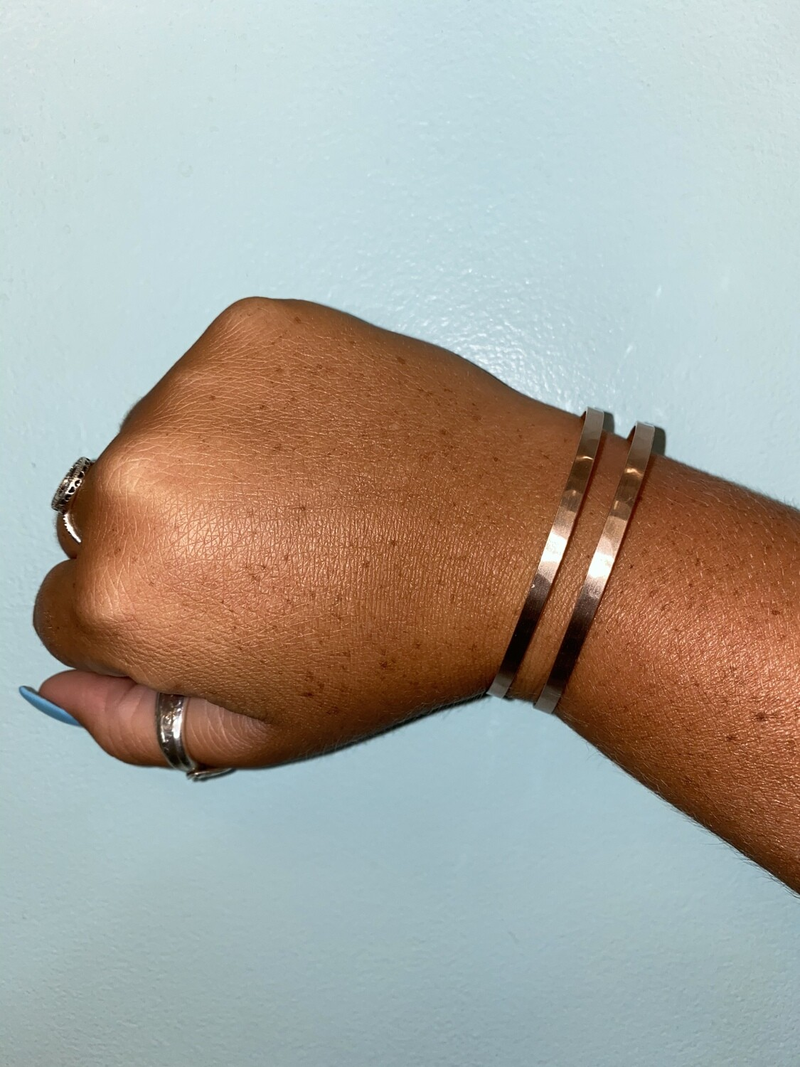 What's Hot Double Lined Bracelet