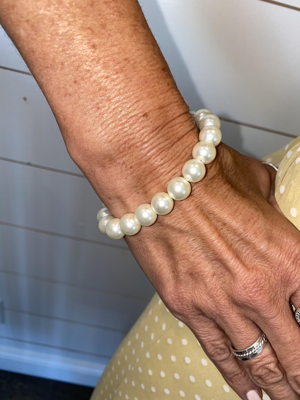 PSB1 Pearl Stretch Bracelet