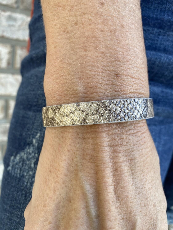Thin Snakeskin Magnetic Bracelet