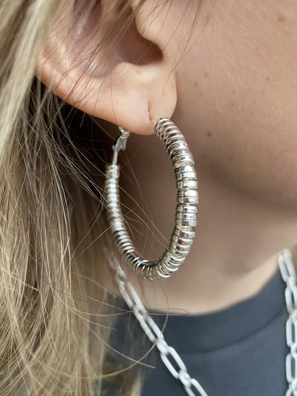 """WH Metal Beaded Hoop 1.5"""" Earring"""