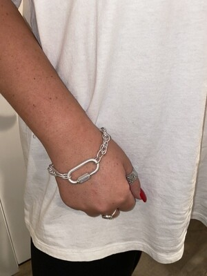 WH Chain w/Locket clasp bracelet