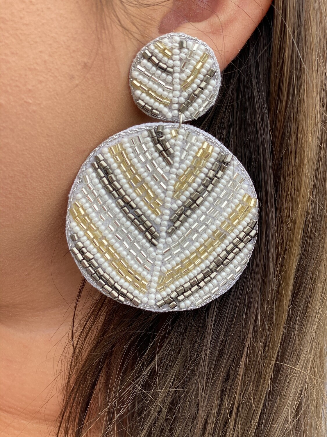 White & Gold Beaded Circle Earrings