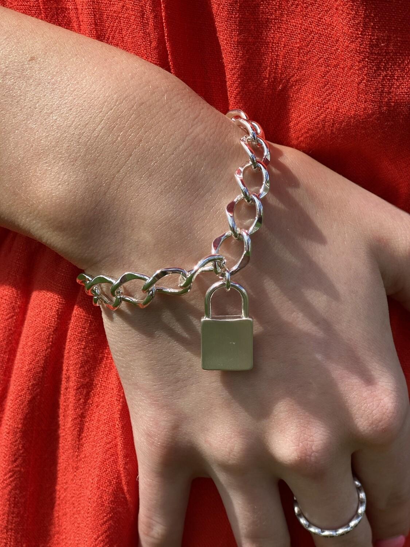 Silver Chain Lock Bracelet