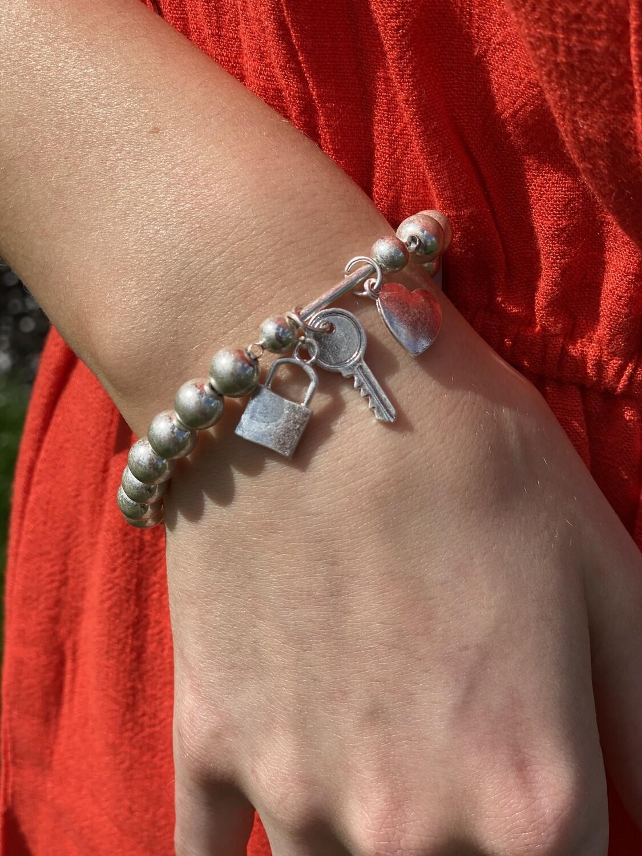 Silver Beaded Stretch Lock & Key Bracelet