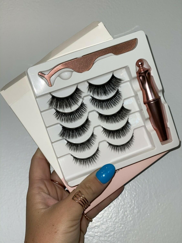 Magnetic Lashes Set of 5 & Eyeliner