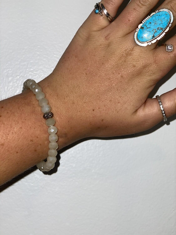 Small Cream Sparkle Bead Bracelet