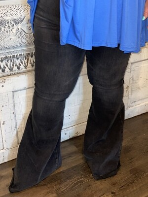 Judy Blue Black Mineral Washed Flares