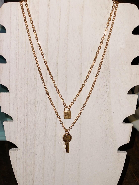 Nat Gold Necklace