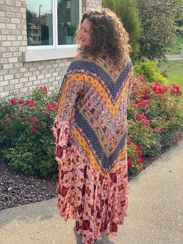 Plus Berry Bell Sleeve Mixed Print Kimono