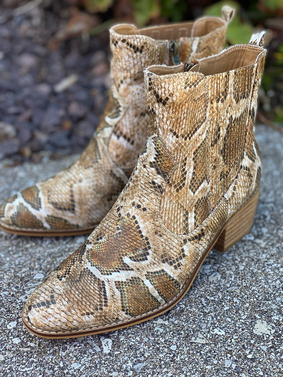 Corky's Tan Snake Starboard Booties