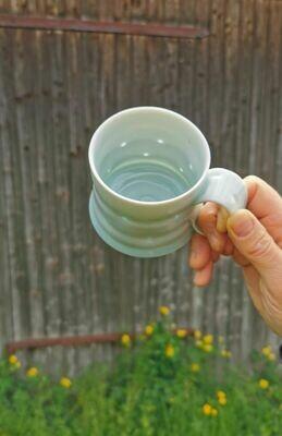 Tasse, Porzellan, Höhe 9  cm Durchm. 8 cm