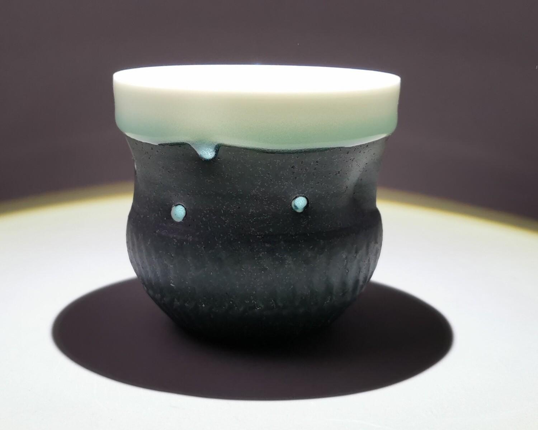 Becher Porzellan  Höhe 7,8,0cm                            Durchm. 9,5cm