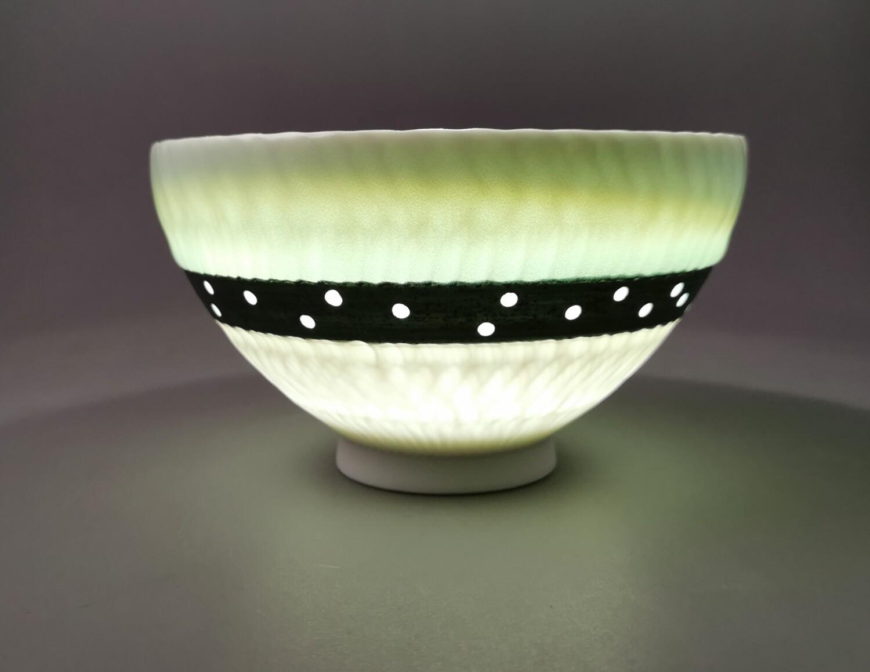 Schale Porzellan  Höhe 9,0 cm                           Durchm. 16,0  cm