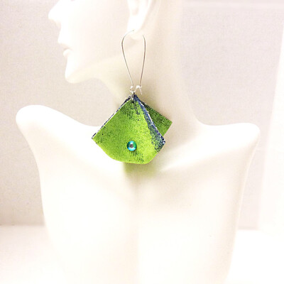 Lime Green (JeansTriangle) Box w/ Triangle Crystal